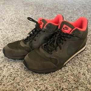 Nike MD Runner 2 Mid hiking shoes 807406-330, 10.5